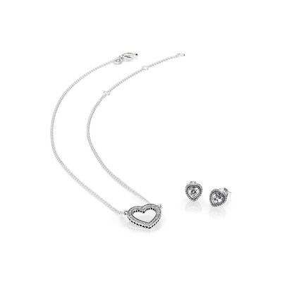 Loving Hearts of PANDORA Jewelry Gift Set