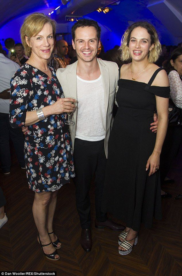 Castmates! The cast Juliet Stevenson (Gertrude), Andrew Scott (Hamlet) and Jessica Brown Findlay (Ophelia) posed for photos following their performance of the iconic play