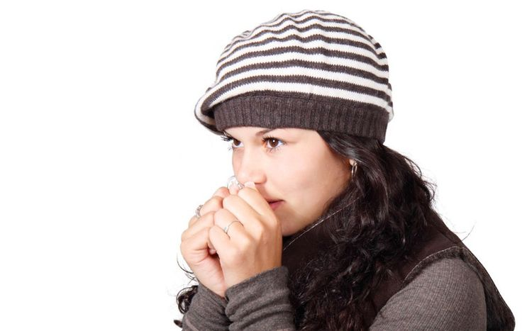 Top 10 Best Natural Home Remedies For Cough A wet cough is the body's way of clearing any expectorate that is present in the throat or airways. which could be a result of a common cold or change in weather however if the cough persists make sure you visit your doctor to rule out some serious conditions like TB or a lung in chest infection on the onset of a wet cough try these simple home remedies take a cup of water add about six to eight Peppercorns to it.