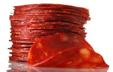This is a really easy recipe for making your own chorizo. You can either leave the minced sausage as is once it has been made, or roll it into sausage-shaped patties. Wrap the sausages in cling-film once made to ensure that they keep their shape. This isn't a traditional recipe, but it produces fantastic flavour.        Share on Facebook      Printer-friendly PDF      Email a friend      Add a review    Ingredients:        1.2kg minced pork (don't use extra lean, you need the fat for…