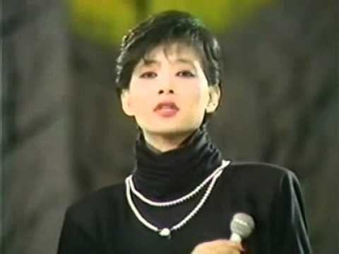 임수정 - 연인들의 이야기 (1983) - YouTube