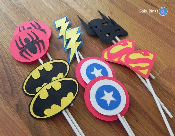Die Cut Super héros Logo Cupcake Toppers - rach ben capitaine Amérique spiderman superman comique parti décorations d