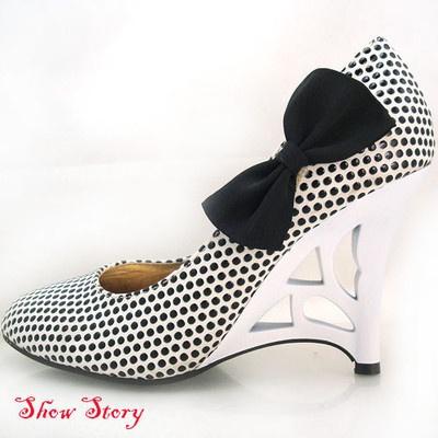 White Black Polka Dots Sculptural Heels Shoes UK Size 7 | eBay
