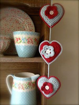 Romelia's Cottage                                              corazones con flores