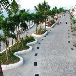 a one mile long seawall promenade or boardwalk that stretches the length of downtown Vallarta from the Cuale River at the south end to the Hotel Rosita in the north, some 15-16 city blocks.
