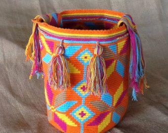 Large Multi-Colored Wayuu Mochila DT222