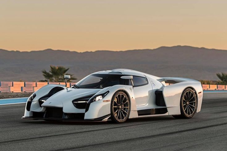 Have you been waiting to see the #ScuderiaCameronGlickenhaus #SCG003 #supercar? Well you're in luck, because the SCG003S is currently on U.S. soil and will be attending some premier events this year, starting with the Amelia Island Concours e'Elegance on March 9-11. This amazing machine rides on motorsport-derived pushrod suspension, Brembo brakes, and Michelin tires wrapped around 20x10/21x12.5 center locking one piece forged #monoblock #Forgeline #GT1 wheels finished in Gunmetal!