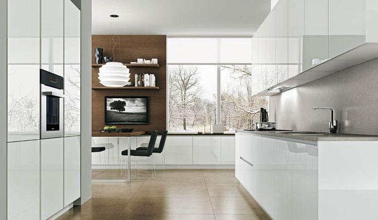 Blanco y madera en cocina
