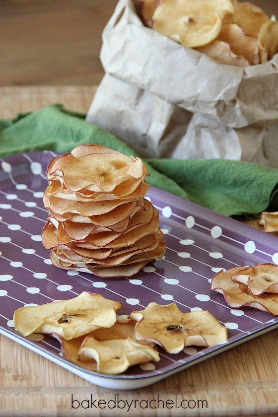 Maple Apple Chips Recipe: Recipes Ideas, Maple Apples, Bakedbyrachel Com, Food Ideas Recipes Gifts, Apples Chips, Baking Recipes, Kitchenaid Recipes, Apple Chips, Chips Recipes