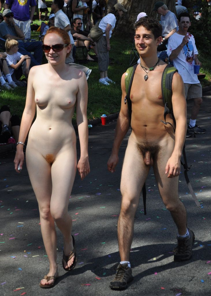couples naked in public