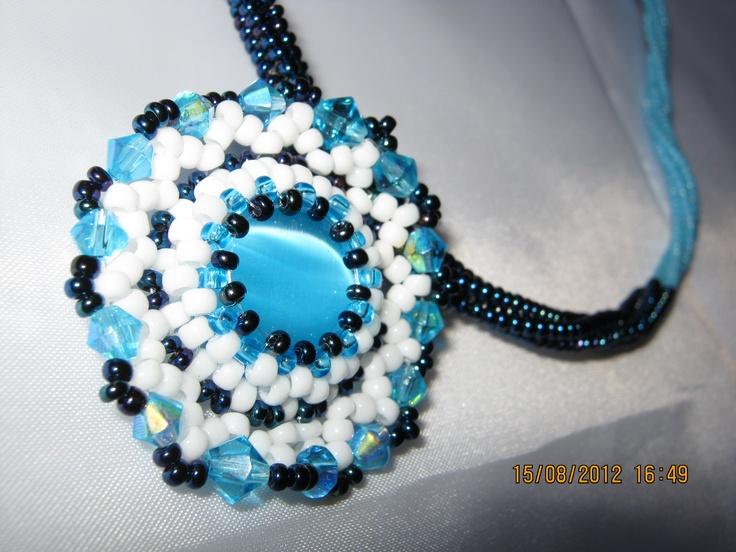 blue eye_2 necklace