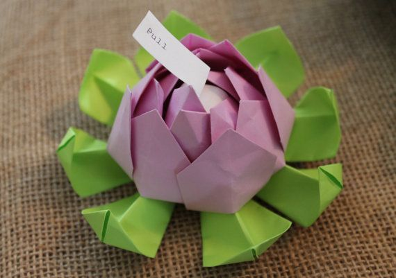 This listing is for sample lotus blossoms. You will receive up to 3 lotus blossoms in any colour combination so that you can see what they look like in person and what type of items they can hold. One flower per colour combination will be sent. Each lotus blossom measures