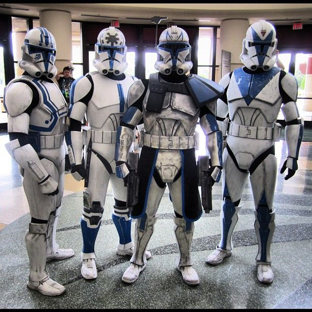 Love a dude in uniform. Even Clone Troopers. Yes, I have a problem. Just shoot me! :-/  Photo by johnblackk