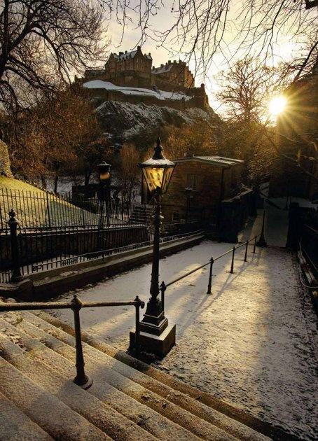 Edinburgh Castle at Dawn in Winter, photo by Matthew Turner. Gorgeous!