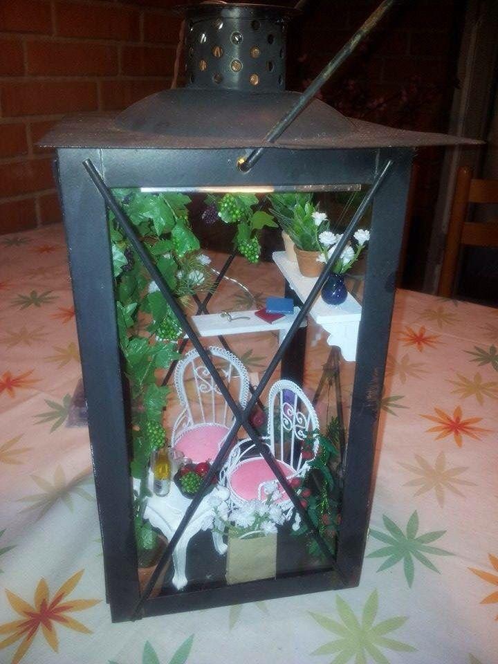 Denne lanterne lavede jeg til min søster. Der er lys foroven så den kan tændes om aftenen.