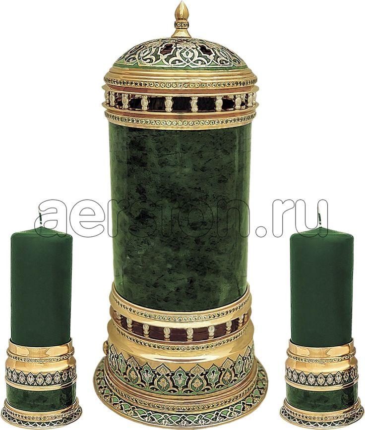 #Каминный #набор #ЗВЕЗДА #ВОСТОКА > http://aerston.ru/catalog/lampy_nastolnye/ #Материалы: #нефрит, #цветныеэмали, #латунь, #никель, #золото, #фианиты. Содержание драг. металлов: Золото (999,9) - 9 мкм, Никель - 20 мкм. Габаритные размеры: высота #лампы - 280 мм, высота #подсвечника - 190 мм. Данное изделие укомплектовано: подарочной коробкой из натуральных пород дерева. #Авторскаяработа #каминныйнабор #камин #звездавостока #лампа #лампаалладина #подсвечник #восток #подарок…