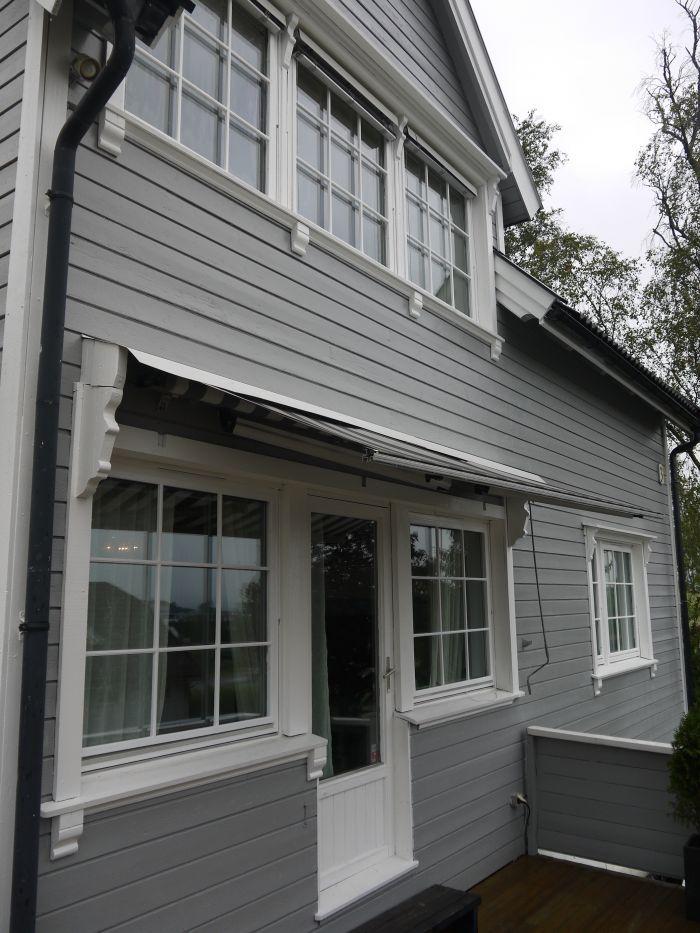 #nymalt #hus #grå #fasade