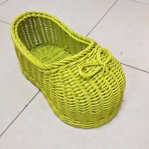 Zapato de ratán   -   Rattan shoes - @rattanmedots