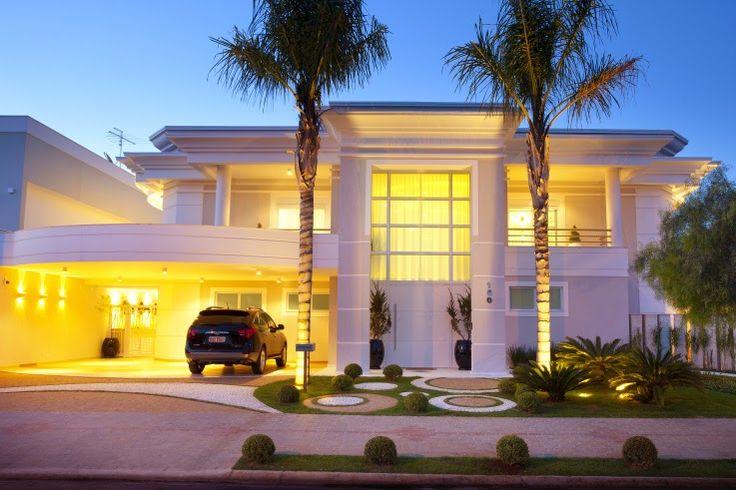 20 Fachadas de casas com linhas curvas – tendência na arquitetura!