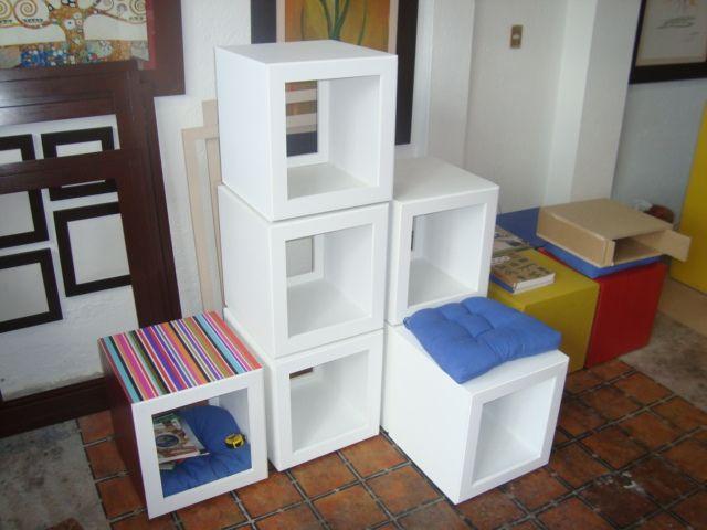 Librero con banco ideal para dividir un espacio dentro de for Cosas de casa muebles