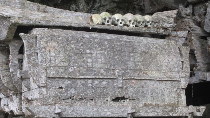 Ancient casket in Tanah Toraja, Rantepao, Sulawesi