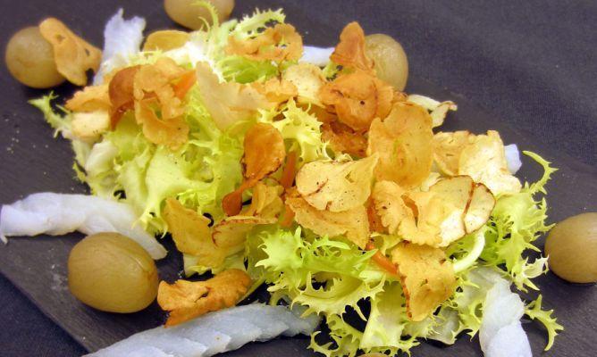 Receta de chips de castaña de Juan Mari Arzak, un bocado de alta cocina fácil de preparar.    Desde el canal cocina de Karlos Arguiñano    #Karlos Arguiñano #Recetas #Juan Mari Arzak