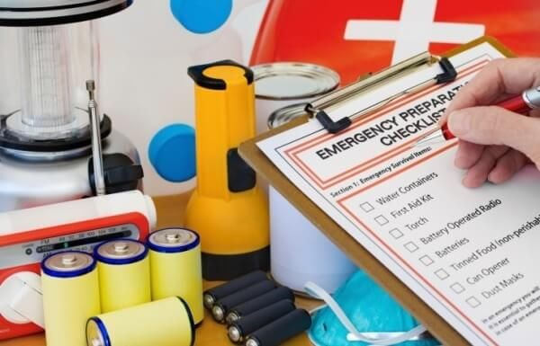 When severe weather hits there is absolutely no time to go to the store for supplies, so it is important that you build you & your family an emergency kit