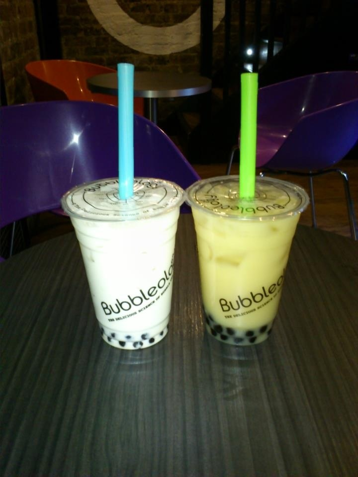 After shopping at Portobello Road, a delicious bubbleology! http://thecatandthecloset.com