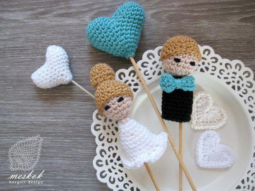 Crochet wedding cake topper http://meskok.hu/termekek/horgolt/ifju-par-tortadisz/