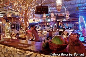 Batu Ferringhi Nightlife - What to Do at Night in Batu Ferringhi