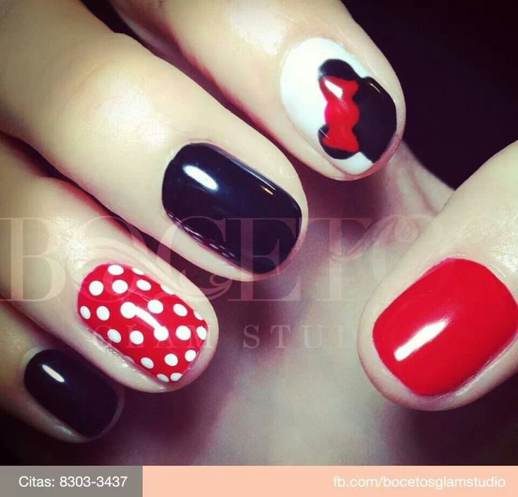 Disney nails I WANT !