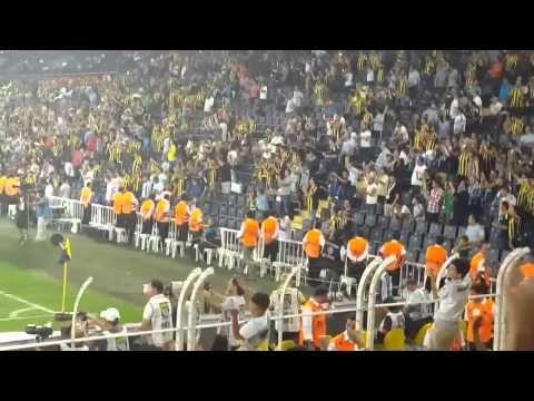 Fenerbahçe Eskişehirspor Maçı | Maç Sonu Tribünler Futbolcuları Alkışlıyor - YouTube
