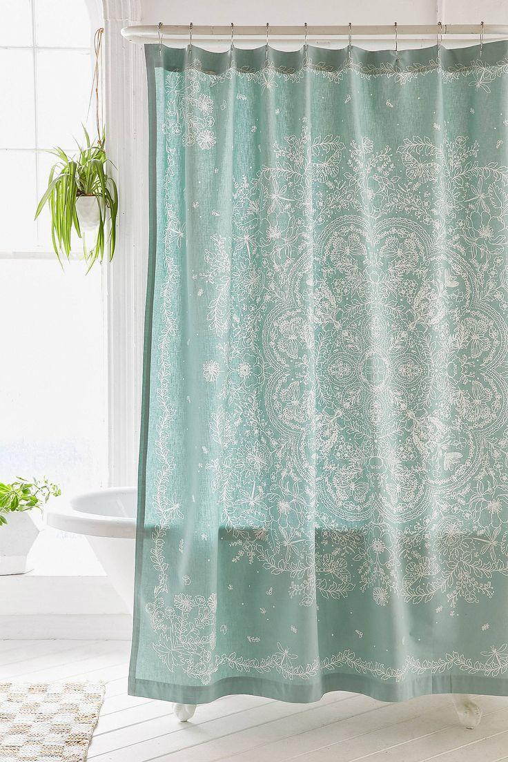 Slide View: 1: Cece Lace Shower Curtain - UO