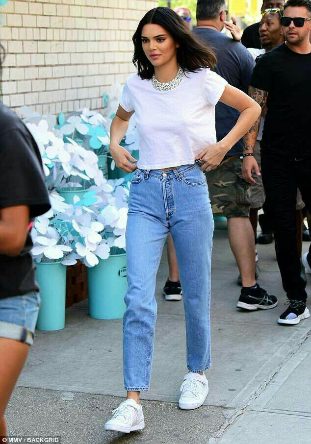Kendall Jenner Casual Style Kendal Jenner Lookbook Kendall
