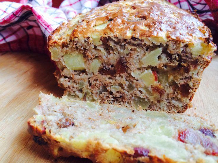 Dietetyczne ciasto bez cukru i bez tłuszczu z jabłkami