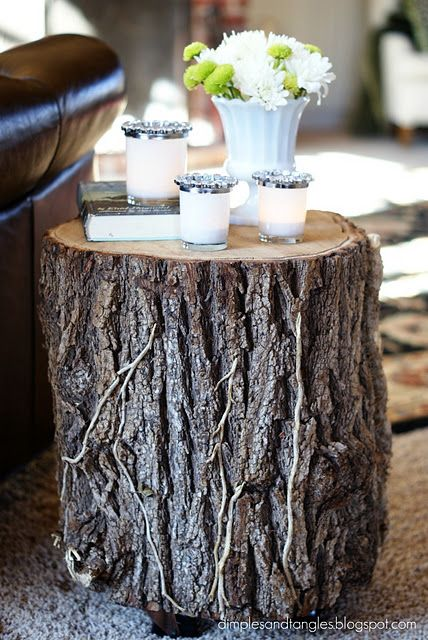 Wood Stump end tables...SO DOING THIS for my outdoor patio