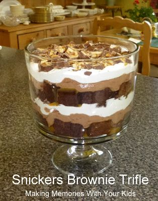 Snickers Brownie Trifle - Making Memories With Your Kids (brownie desserts trifle)