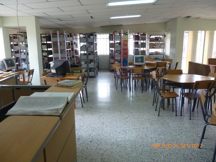 Biblioteca Pública Rómulo Muñoz Rangel. Timbio - Cauca. Colombia.