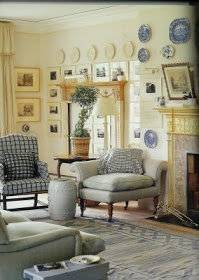 Endless Inspiration: English Country House Style @Erin B B Cutshall look! It's your living room!