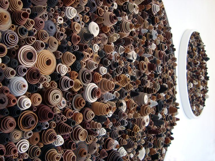 Концептуальные настенные скульптуры Роуэна Мерша