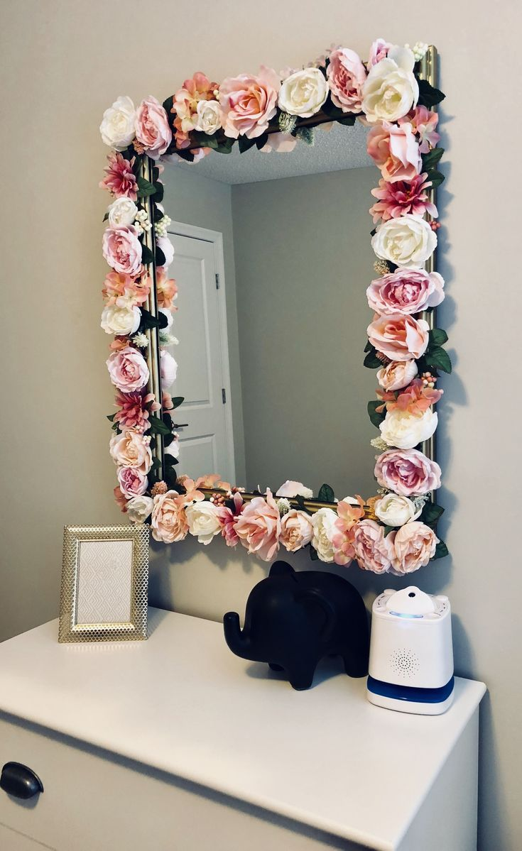 diy flower mirror instagram jayloandstitch village home decoration in 2019 floral bedroom. Black Bedroom Furniture Sets. Home Design Ideas