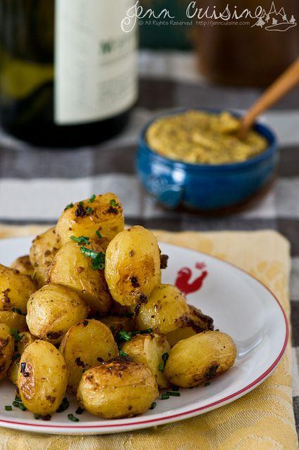 des patates à la moutarde et au vin blanc.