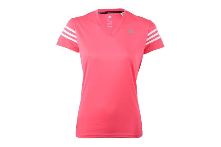 #Adidas Response Cap Sleeve Tee W - lekka koszulka sportowa z krótkim rękawem. Wykonana z lekkiego, oddychającego i zarządzającego nadmiarem wilgoci materiału. Trójkątny dekolt który naturalnie dopasowuję się do ciała. Idealna do biegania i innych form aktywności w ciepłe i upalne dni. #koszulka #climalite #jesienzima2015 #krotkierekawy