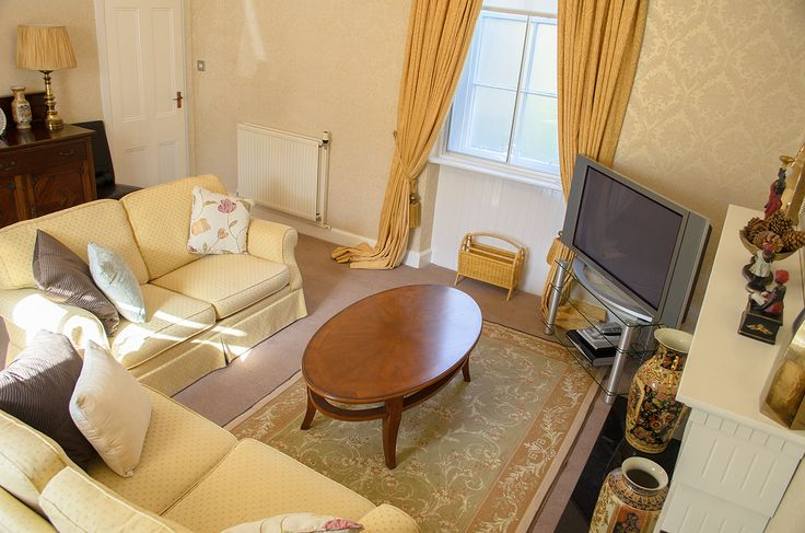 Offering luxury accommodation the exclusive Newfiled Mews holiday cottage is located only yards from the promenade and sandy South beach in the seaside town of Ayr, Scotland