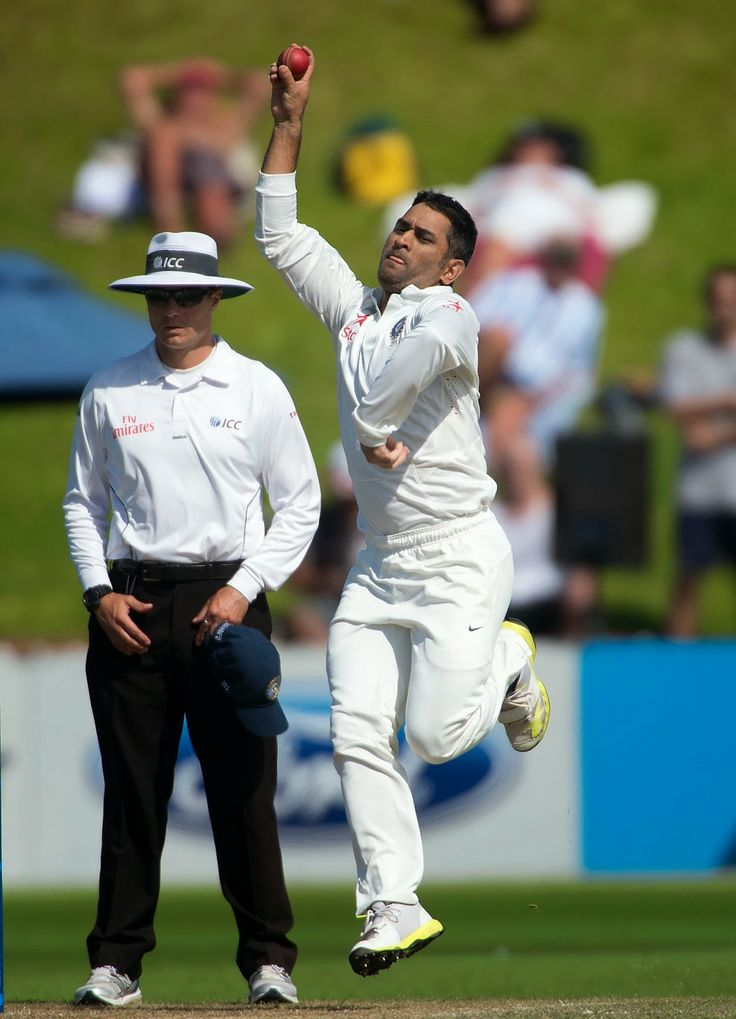 New Zealand vs India Test Series: New Zealand wins series 1-0 Indian captain MS Dhoni bowls during day 4 of the 2nd International Test cricket match between New Zealand and India in Wellington