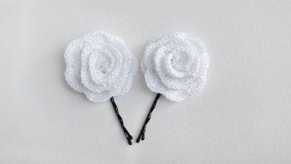 Hair pin Set of 2 crochet White hair pins hair от HelenKurtidu, €5.00