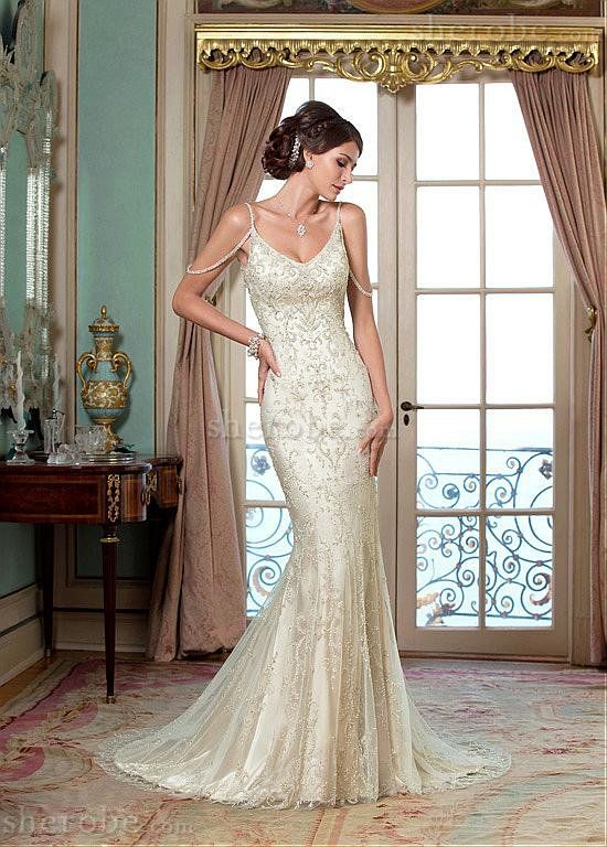 Robe de mariée luxueux bandouliere spaghetti strass encolure taille - Photo 1