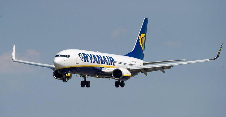 """http://ift.tt/2yEsVmL """"Eindeutig illegal"""" - Ryanair-Arbeitsverträge von Flugbegleitern sollen gegen deutsches Recht verstoßen #story"""
