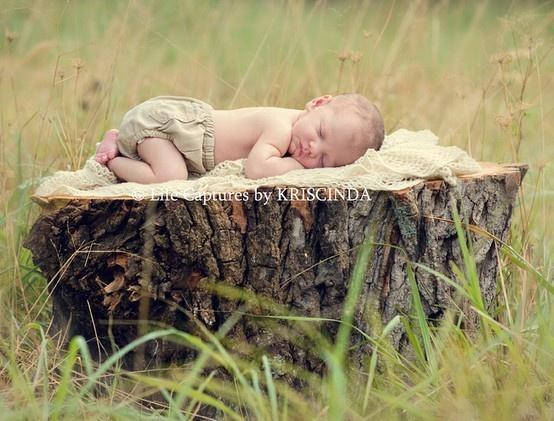 baby photography-inspiration: Babies Photography, Baby Pose, Photography Newborn Infant, Babies, Baby Photography Inspiration, Newborn Photography Ideas, Country Newborn Photography, Baby Pictures, Baby Photos
