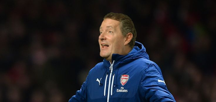 How the Arsenal first XI might look today if Piers Morgan was in charge : Paddy Power Blog